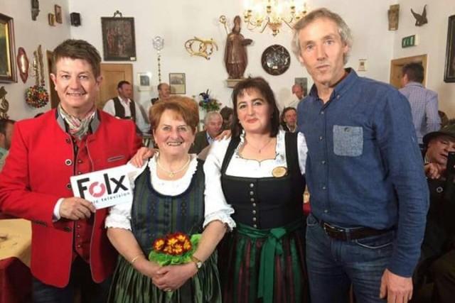 Mariedl, Margit, Helmut Pramstaller mit Sepp