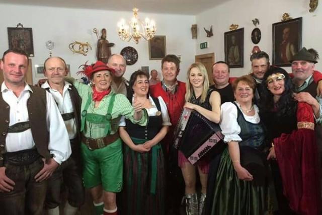Mitwirkende im Gribelehof bei Sepp let's go am 22.02.2017