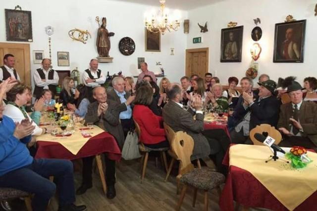 Zufriedene Gäste im Gribelehof