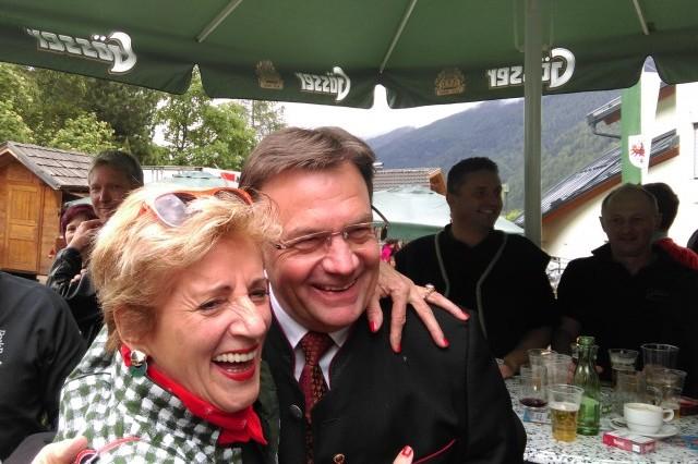 LH Tirol mit Cilli (Almrosenfest)