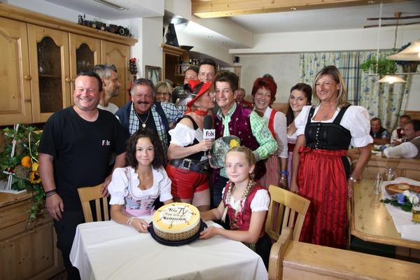Sepp lets go Gäste beim Schwaigerhof